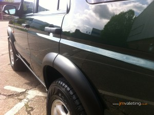 detailing land rover